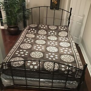 Solid iron Bombay queen size  bed with box and metres