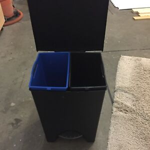2 Compartment Garbage/Recycle Bin