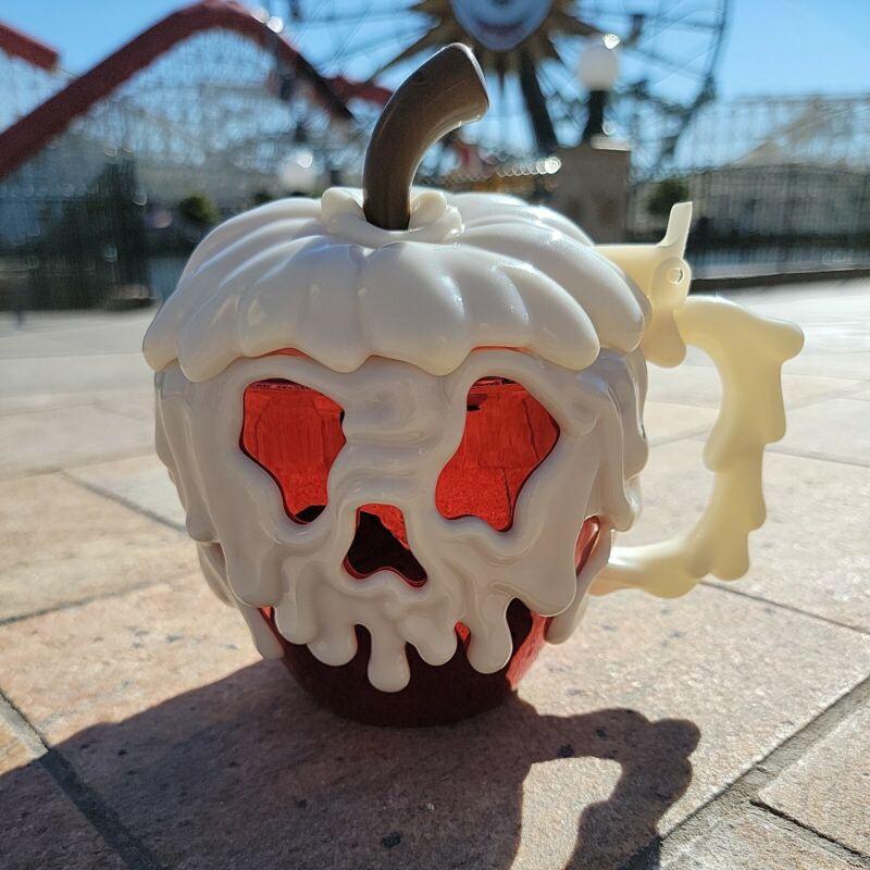 Disneyland Snow White Glow in the Dark Poison Apple Stein Mug Park Exclusive