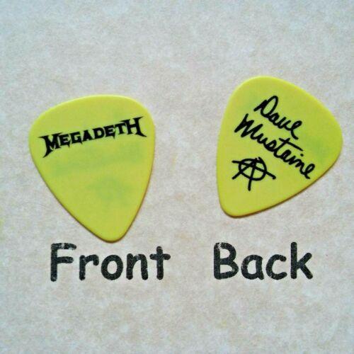 MEGADETH band Dave Mustaine signature Logo guitar pick (Q-2274)