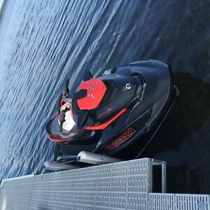 2010 sea Doo Rxt 260  !!! (end of season deal) !!!