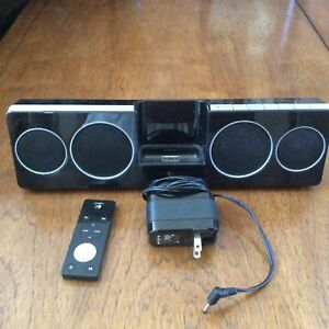 IPod and Iphone4 compact stereo, docking, charging system