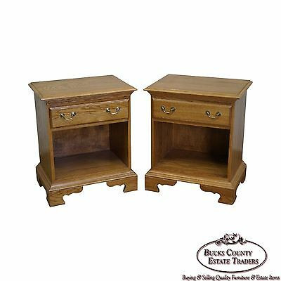 Solid Oak Pair of Traditional 1 Drawer - 1 Drawer Traditional Nightstand