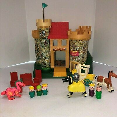 Fisher Price Little People Castle 993 Accessories Dragon Knight Carriage 1974