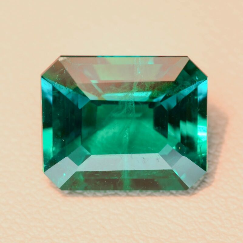 4.89ct Colombian Hydrothermal Emerald Lab Created Loose Stone
