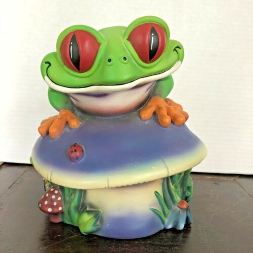 """RAINFOREST CAFE """"CHA! CHA! THE TREE FROG"""" COIN BANK - 1998 - 7 1/2 INCHES TALL"""