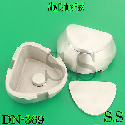 Silverline Alloy Flask Triangle Dn-369