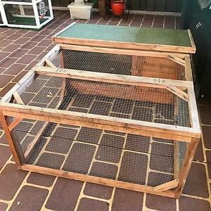 Rabbit hutch St Clair Penrith Area Preview