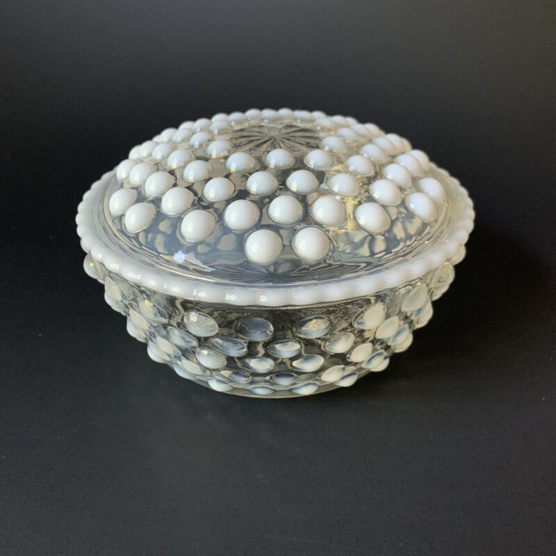 Vintage Anchor Hocking Moonstone Opalescent Hobnail Powder Puff Box - Excellent