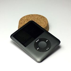 Apple iPod Nano 3rd gen, small, light, and great value Elwood Port Phillip Preview