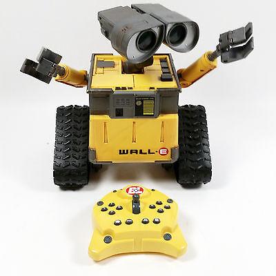 Disney Pixar WALL-E Interactive Remote Control Robot Thinkway Toys w/Controller