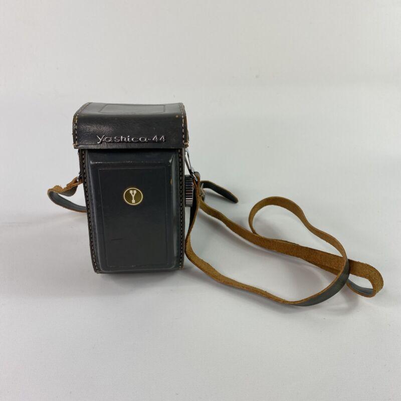 Vintage Yashica-44 TLR Film Camera Yashikor 60mm F3.5 with Leather Case