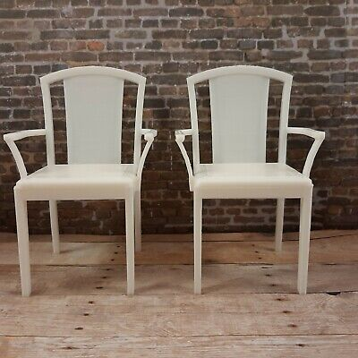 BARBIE-sized 2 white CHAIRS furniture decor LIVING ROOM Dreamhouse FR IT 1/6