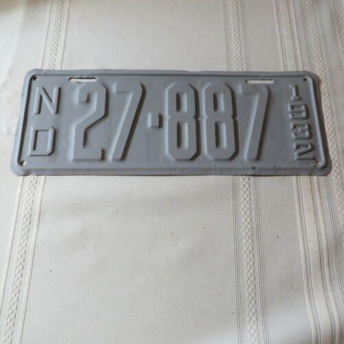 1932 NORTH DAKOTA LICENSE PLATE 27-887Z
