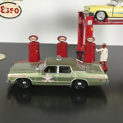 1974 74 DODGE MONACO LOUISIANA SHERIFF JW PEPPERS 1/64 SCALE DIECAST MODEL CAR