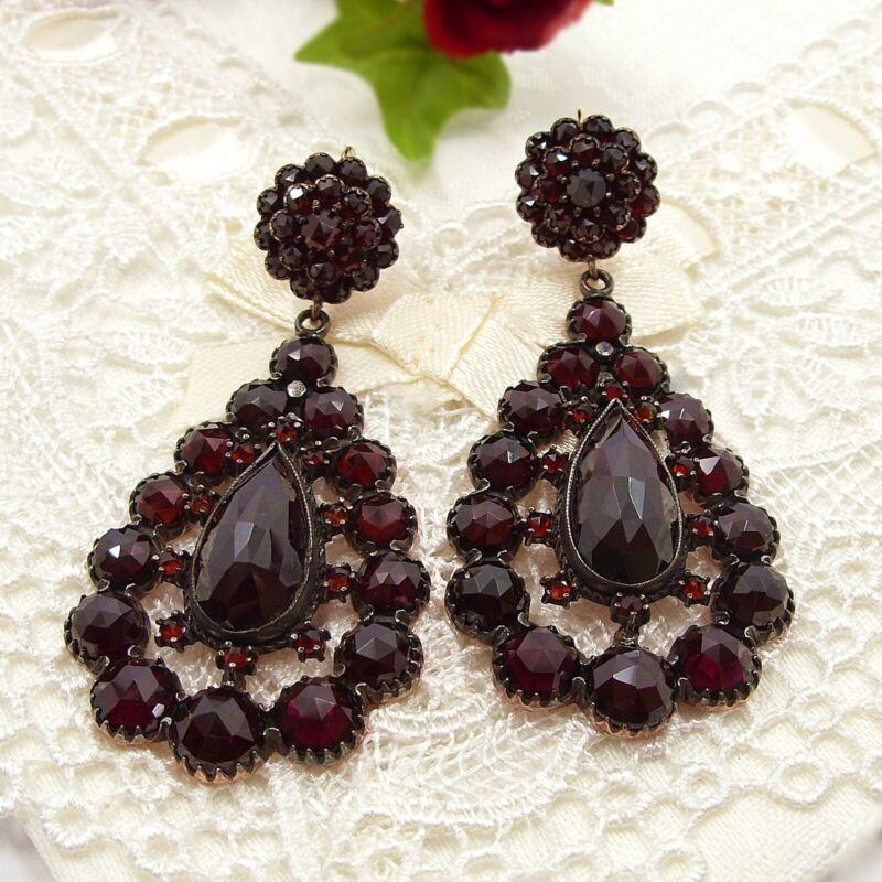 Gigantique Vintage opera drop garnet earrings in Victorian style // 200316c+P