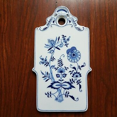 Blue Danube Onion Pattern Cheese & Cracker Board Trivet Wall Hanging Blue White Blue Danube Cheese