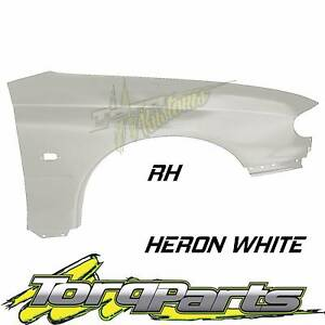 RH HERON WHITE GUARD SUIT VT VX HOLDEN COMMODORE FENDER QUARTER P Bayswater Knox Area Preview