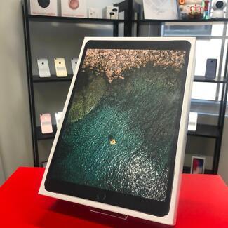 Brand New iPad Pro 10.5-inch Wi-Fi Space Grey 64G APPLE WARRANTY