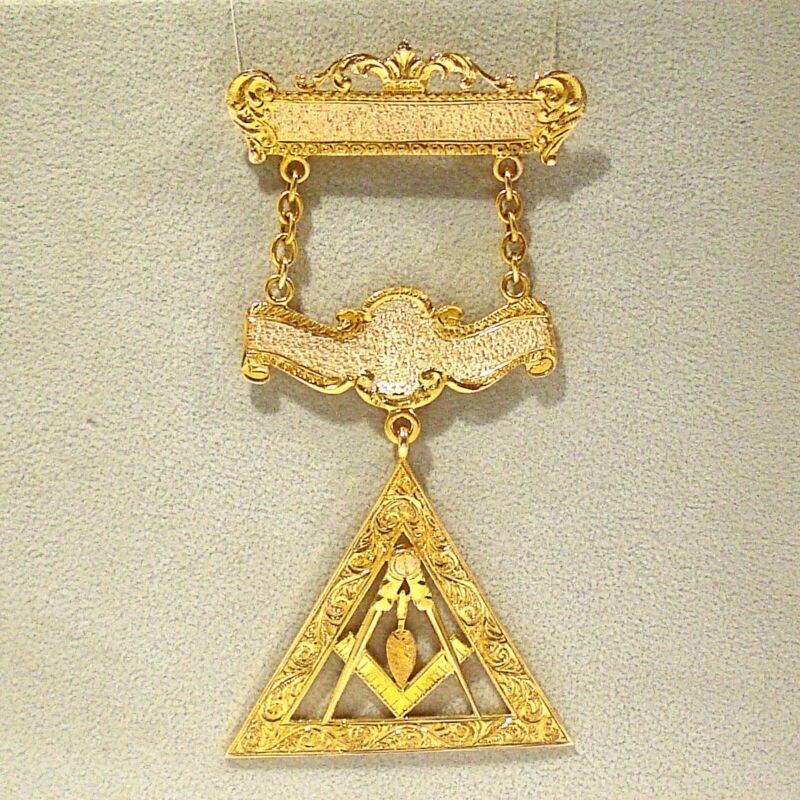 VINTAGE SOLID 10K YELLOW GOLD PAST MASTER MASONIC MEDAL