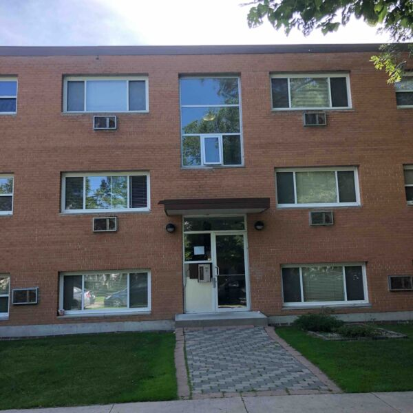 2BR Apartments at 522 Ritchot Street (MOVE IN BONUS ...