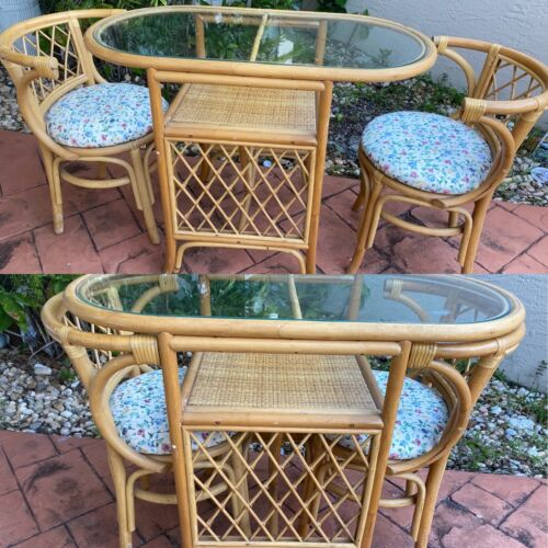 VINTAGE ADORABLE RATTAN BREAKFAST OVAL GLASS TOP TABLE WITH 2 CHAIRS