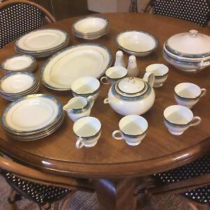 Wedgwood Curzon 6 Piece Fine Bone China Dinner Set. England Hamilton Newcastle Area Preview