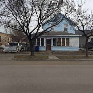House for sale as is in Kindersley