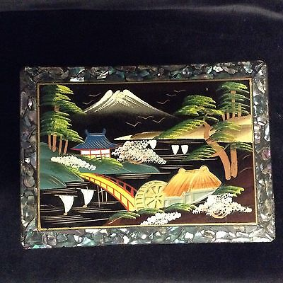 VINTAGE ORIENTAL MUSICAL JEWELRY BOX BLACK LAQUERED HAND PAINTED JAPAN