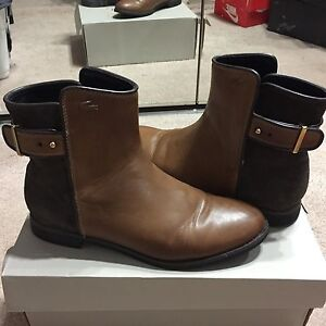 LACOSTE tan suede/leather boot -size 6.5