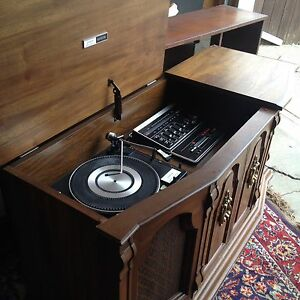 70's 8-track/turntable stereo cabinet