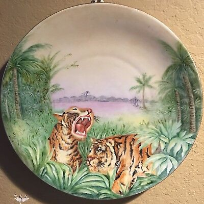 ANTIQUE TIGERS HAND PAINTED PORCELAIN CHARGER