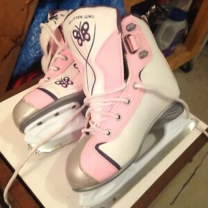 Reebok girls skates