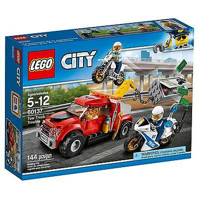 Lego - LEGO® City Police Tow Truck Trouble 60137