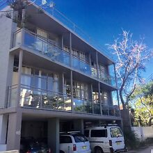 Whole apartment for 2-4 friends share, FREE bills+Internet Manly Manly Area Preview