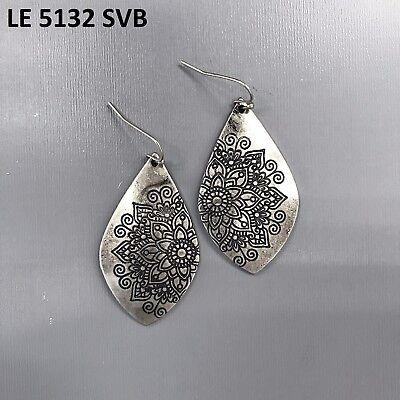 (Silver Finished Petal Flower Design Engraved Teardrop shape Drop Dangle Earrings)