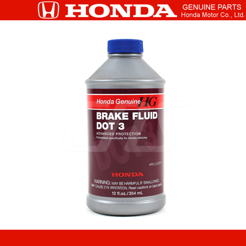 dot 3 brake fluid Most automotive professionals agree that glycol-based brake fluid, (dot 3, dot 4, dot 51) should be flushed, or changed, every 1–2 years under non-racing conditions .