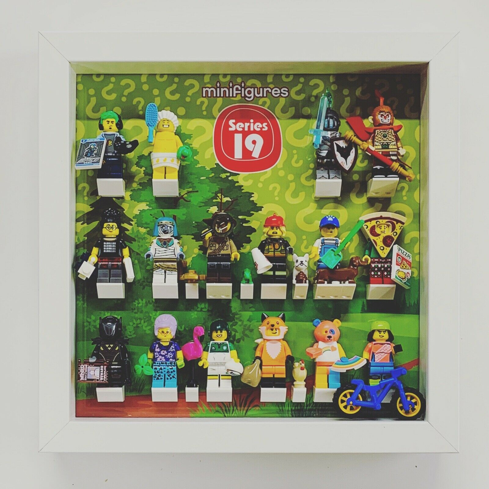 Minifigures Are Not Included Black Display Frame For Lego 16 X Minifigures.