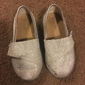Toms Silver Glimmer Classic Shoes - Toddler Size 6
