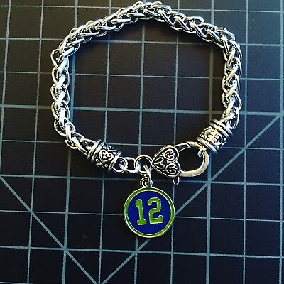 - Seattle Seahawks Dangle Pendant Charm Bracelet 12s 12th Man