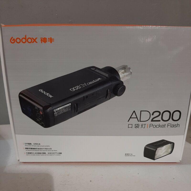 GODOX AD200 TTL 2.4G HSS 1/8000s Pocket Flash Light Double Head 200Ws...