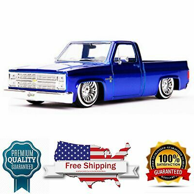 1985 Chevrolet Silverado C-10 Truck Custom Low Rider Wire Wheels candy blue 1985 Chevrolet Pickup Truck