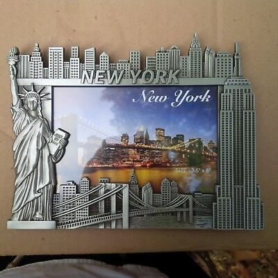 NEW YORK PICTURE FRAME METAL FITS 3.5 X 5 EMPIRE STATE BUILDING STATUE OF LIBERT