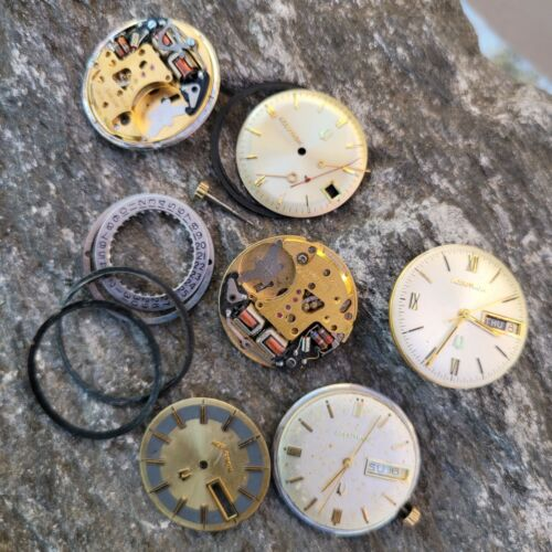 AJ1: 4 ACCUTRON VINTAGE TUNNING FORK MOVEMENT DIAL HANDS LOT PARTS REPAIR GROUP