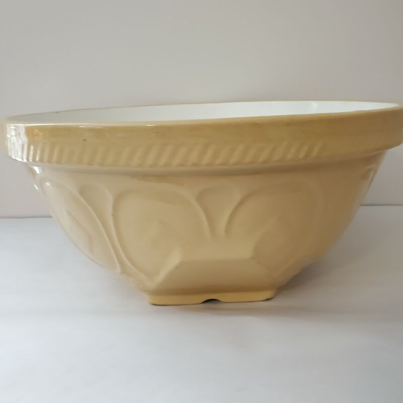 """Vintage Gripstand 13"""" Mixing Bowl Butter Yellow Pottery Ceramic TG Green England"""