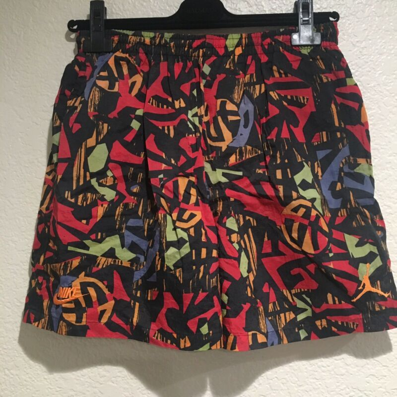 VINTAGE NIKE 90S ABSTRACT ALL OVER PRINT SHORTS ACG JORDAN AIR MAX 80S SWOOSH OG