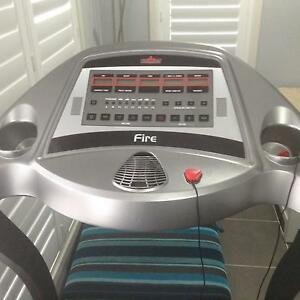 Treadmill electric Cranebrook Penrith Area Preview