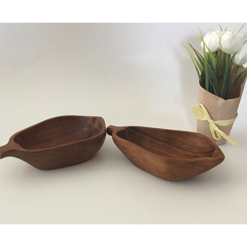 Wooden bowls set of 2