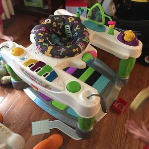 Fisher price Baby Walker Piano