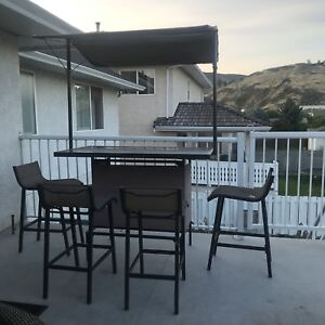Outdoor Bar Table And 4 Stools